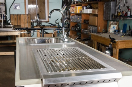 Custom fit grill for pour overs